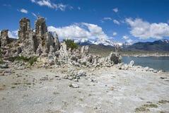 Столбцы туфа на южном туфе, Mono озере - Калифорнии Стоковая Фотография RF