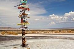 Столб знака пустыни Стоковое Фото