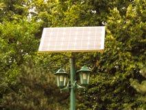 столб светильника привел солнечное в действие Стоковое Фото