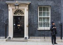 Столичное женщина-полицейский на обязанности в Лондоне Стоковое Фото