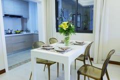 Столовая рядом с кухней Стоковые Фото