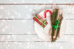 Столовый прибор украшения рождества на старой деревянной предпосылке Стоковое Фото