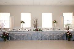 Стол для почетных гостей приема стоковые фотографии rf