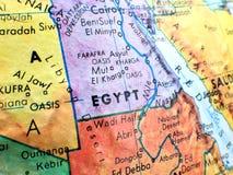 Страна съемки макроса фокуса Египта на карте глобуса для блогов перемещения, социальных средств массовой информации, знамен вебса Стоковые Фотографии RF
