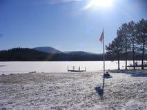 Страна чудес зимы в озере Placide Нью-Йорке стоковые изображения rf