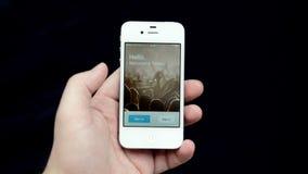 Страница имени пользователя Facebook на белой странице имени пользователя displayLiveJournal iPhone на displayGoogle iPhone белиз акции видеоматериалы