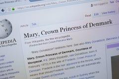 Страница Рязани, России - 9-ое сентября 2018 - Wikipedia о принцессе кроны Mary Дании на дисплее ПК стоковые фото