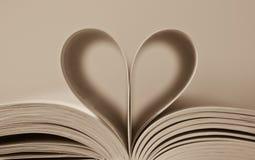 страницы сердца книги Стоковые Изображения RF