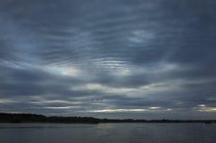 Странные облака в небе Стоковые Фотографии RF
