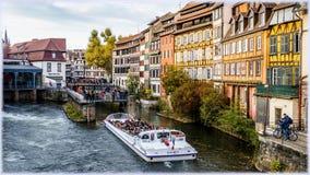 страсбург Франции Взгляд на каналах меньшего района Франции Стоковые Фотографии RF