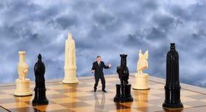 Стратегия бизнесмена, выходя на рынок принципиальная схема продаж Стоковое Фото
