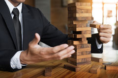 Стратегия планирования, риска и богатства в концепции дела, деле Стоковое фото RF