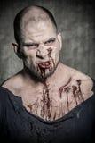 Страшный и кровопролитный человек зомби Стоковое Изображение
