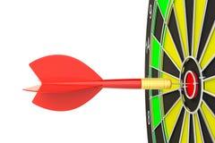 Стрелка дротика цели ударяя в dartboard Стоковая Фотография