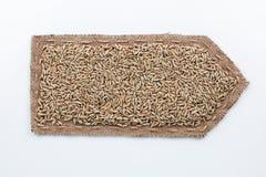 Стрелка сделанная из мешковины с зернами рож Стоковое Изображение RF