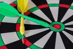 Стрелка дротика на dartboard Стоковая Фотография RF