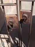 Стробы металла и оборудование защелки стоковая фотография rf