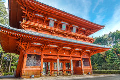 Строб демона, старый парадный вход к Koyasan (Mt Koya) в Wakayama Стоковая Фотография