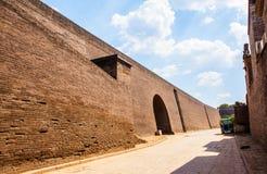 Строб и стена сцен-города Pingyao стоковые изображения rf