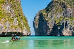 Строб к заливу Майя, островам Phi Phi стоковое фото rf