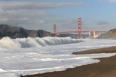 строб моста пляжа хлебопека золотистый стоковая фотография