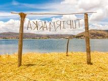 Строб на островах Uros плавая, Puno Reed, Боливия стоковые изображения