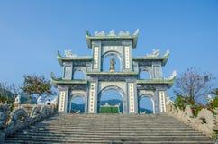 Строб на пагоде Linh Ung в Da Nang, Вьетнаме Стоковая Фотография RF