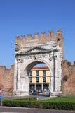 Строб Римини Arco di Augusto стоковые фотографии rf