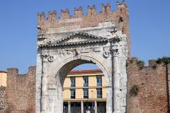 Строб Римини Arco di Augusto стоковые изображения