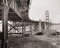 строб 3 мостов золотистый Стоковые Фото
