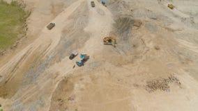 Строительная площадка в горных склонах акции видеоматериалы