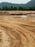 Строительство дорог и гора Стоковые Фотографии RF