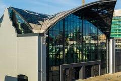 Строить железнодорожный вокзал в городе Лодза, Польша стоковые фотографии rf