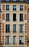 строить много старых окон показа Стоковая Фотография