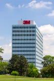 строить штабов 3M корпоративный стоковые фото
