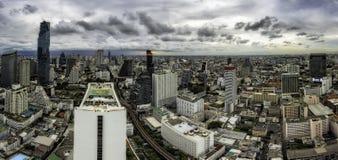 Строка Бангкока Sathorn панорамы стоковое изображение rf