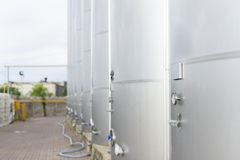 Строка контейнеров металла Стоковое Фото