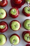 Строка конфет яблока Стоковые Изображения
