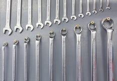 Строка новых гаечных ключей Стоковые Фото