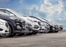 Строка серии запаса автомобилей для продажи стоковое фото rf