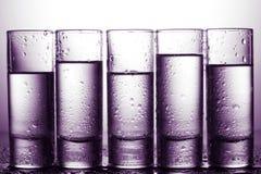 Строка стекел для водочки Стоковые Фотографии RF