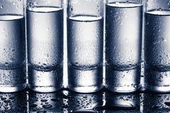 Строка стекел для водочки Стоковое Изображение RF