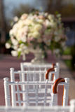Строка стульев свадьбы Стоковое Изображение