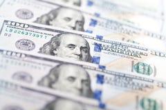 Строка 100 счетов доллара США Стоковые Изображения RF