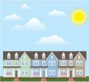 Строка таунхаусов с солнечным вектором погоды Стоковое Изображение