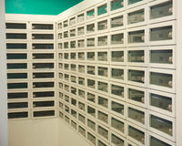 Строка шкафчиков вперед Стоковое Фото