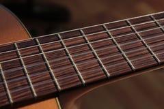 Строки гитары на стойке Стоковое фото RF