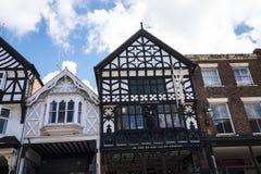 Строки здания Tudor черно-белые в Честере Англии Стоковое фото RF