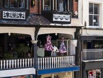 Строки здания Tudor черно-белые в Честере Англии Стоковая Фотография RF