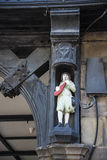 Строки здания Tudor черно-белые в Честере город графства Чешира в Англии Стоковые Фотографии RF